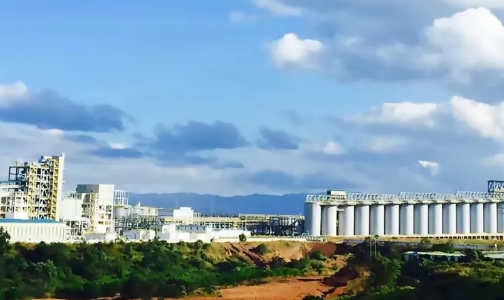 首  個獲得魯班獎的中國鋁行業境外工程——中鋁國際越南仁基65萬噸氧化鋁項目