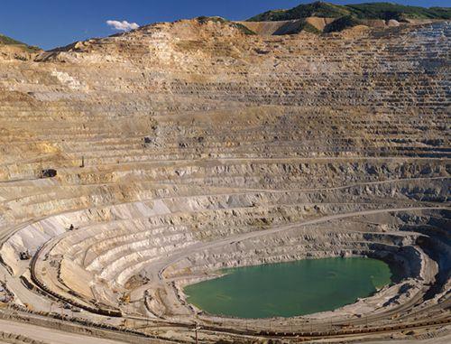 阿富汗政府宣布终止两份金、铜矿开采协议