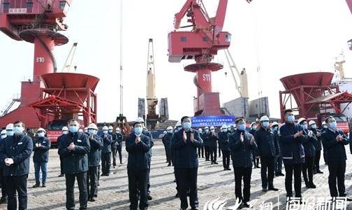 首船铝土矿正式接卸 山东港口日照港链接国外矿山