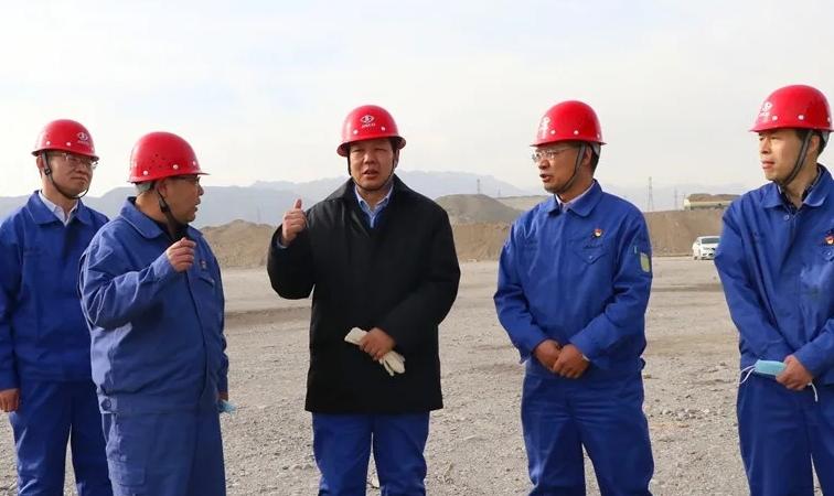 """东兴铝业:管理赢点赞 """"粮仓""""锁价保供盈利底气足"""