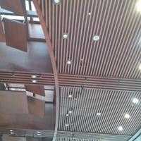 铝方通吊顶 木纹铝天花厂家
