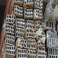 文昌铝合金材铝方管价格 楼梯扶手专用