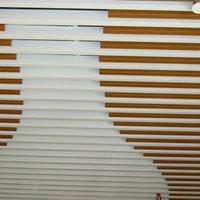 供应弧形铝方通_造型铝方通_拉弯铝方通