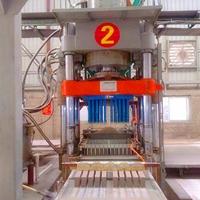 专业生产高品质全自动多功能液压环保砖机图片