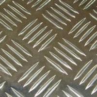5条筋压花铝板 厂家 18660152989