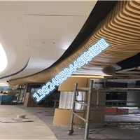 4D木纹铝方管   外墙用铝方管   异型铝方通