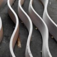 弧形铝方通 商场弧形造型铝方通吊顶厂家