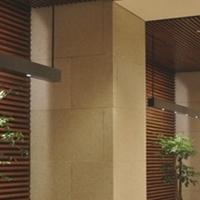 凹槽铝方管-售楼部外墙凹槽木纹铝方管