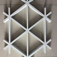 吊顶室内铝格栅天花-格子形状铝天花厂家