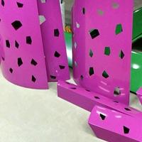广东德普龙专业加工雕刻冲孔铝单板