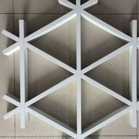 三角铝格栅 三角形铝格栅天花