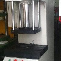精密数控油压机规格选型