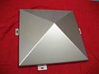 厂家直销铝扣板铝方通铝单板铝蜂窝板铝窗花