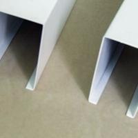 木紋鋁方通多少錢一米  酒店走廊鋁方通吊頂