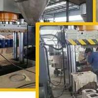 1200吨镁碳砖成型液压机