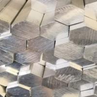 2017六角铝棒挤制和拉制的区别