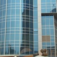 鼎杰铝业专业生产建筑幕墙铝型材