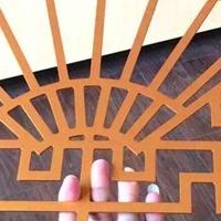 新中式仿古木纹铝窗花--铝屏风生产厂家
