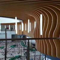 2018年新款装饰吊顶木纹弧形铝方通