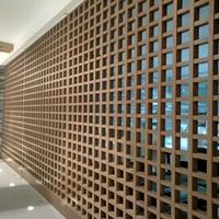 围栏铝格栅墙面装饰 镂空铝隔断窗花