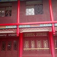 仿古式步行街门店门楣木纹铝挂落 铝窗花