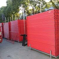 简单说说铁马护栏为何是常见的护栏器材