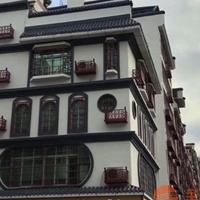 街道改造仿木铝合金窗花格定制供应厂家