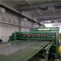3-1850鋁板移動剪切生產線