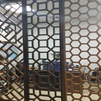 長沙木紋鋁窗花吊頂  幕墻鋁窗花價格
