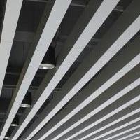 學校鋁格柵吊頂安裝鋁方通吊頂天花優點