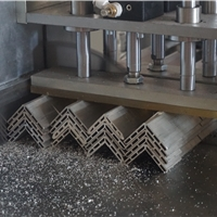 邓氏精密机械专业铝型材锯床制造商