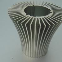 高倍齿大截面铝合金散热器挤压厂家