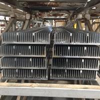 大截面散热器铝型材厂家18961616383