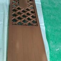 客船餐厅立面菱形格铝屏风_黑桃木转印工艺