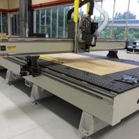 麥迪克復合材料蜂窩夾心板加工中心
