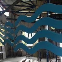 异形铝方通厂家_木纹弧形墙面铝方通厂家