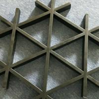 木纹吊顶铝格栅-三角形铝格栅定制厂家
