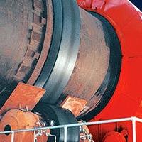 氧化锌反转展转窑是对氧化锌临盆设计的煅烧窑炉