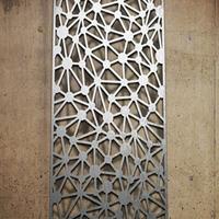 别墅木纹铝窗花厂家直销幕墙镂空铝窗花