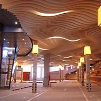 木纹铝方通吊顶_室内装饰木纹铝方通