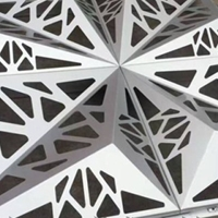 雕花氟碳喷涂铝单板厂家供应