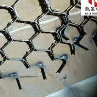 耐磨陶瓷料若何拌制 龟甲网防磨料