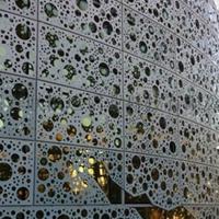 周六福白色镂空雕刻铝单板