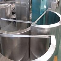 雕花透光包柱铝单板-圆柱包围铝板
