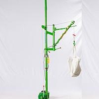 室内旋臂小型吊机价钱-楼房小吊机定制