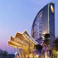 地产温泉酒店选用双曲氟碳铝单板