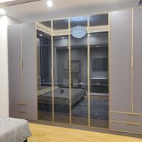 全铝合金家居 铝合金衣柜 钢化玻璃型材