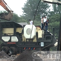 時產300噸以上的輪胎式流動破碎站價格FRR81