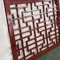 仿木纹铝窗棂古建筑改造铝格栅窗定制厂家