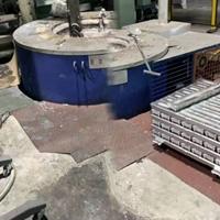 800公斤熔鋁爐液化氣節能熔煉爐